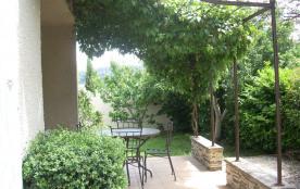 Villa de vacances en Ardèche quartier pavillonnaire baignade à 5 minutes