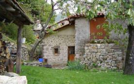 location gite maison en pierre independante ardeche cevenol au calme pour 1 à 7 personnes - Burzet