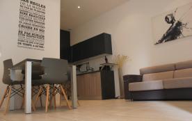 Cannes centre banane, appartement de 40 m2 refait à neuf , tout équipé + terrasse au calme