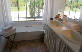Mas Augusta, salle de bain chb beige