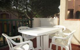 Port-Leucate (11) - Quartier naturiste - Les villas de l'Oasis. Appartement 2 pièces - 27 m² envi...