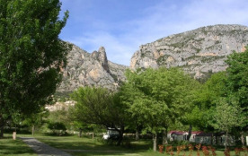 Camping Saint Jean, 108 emplacements, 16 locatifs