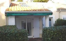 Maison 2 pièces mezzanine de 35 m² environ pour 6 personnes située à 300 m de la plage et 400 m d...