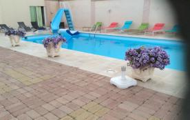 piscine 12,50x5,5  toboggan et plongeoir