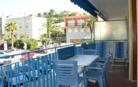 Le Santa Cruz, centre-ville, bel appartement 3 pièces, séjour ouvrant sur terrasse ouest.