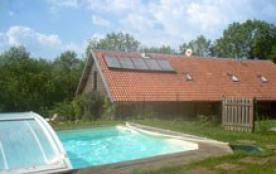 Gîte l'Autr'huis avec piscine en pleine nature