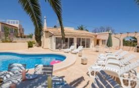 Villa AB MAY