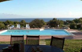 villa proximité mer 8 personnes piscine jardin - LUMIO