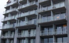 Appartement situé au 2ème étage dans une résidence récente.