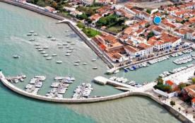 Ile de Ré, Port & Plage, Résidence L'Odyssée. Appartement calme et lumineux. Plage, port, restaurants et commerces à 2mn