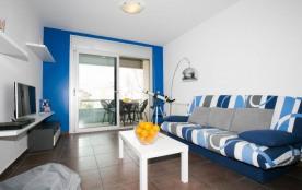 Très bel appartement plein centre de Roses à seulement quelques pas de la plage.