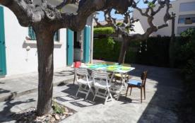 Location de vacances : agréable maison de plein pied avec 3 chambres à 2 pas de la plage.