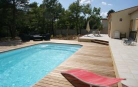 villa neuve tout confort sur un terrain privé et clôturé
