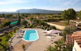 Le Paradis en Provence est une très agréable maison de vacances très bien entretenue située à Pourrières (Var - Prove...