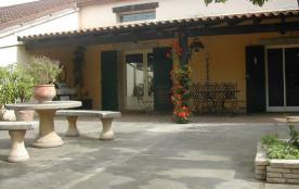 maison spacieuse en campagne tout confort avec piscine