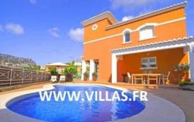 Villa OL Meli - Villa avec piscine privée à Calpe, à seulement quelques centaines de mètres de la...