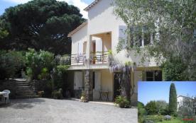 La Nartelle - Dans grande villa, gîte en rez-de-jardin à 300 m de la plage, dans un agréable cadr...