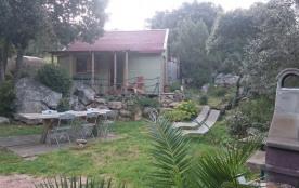 Chalet en bois avec jardin privatif