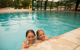 """Camping le Talouch 4* - Chalet 2 chambres """"Porthos"""" 5 pers."""