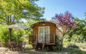 Camping du Domaine D'Anglas, 78 emplacements, 22 locatifs
