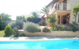 Villa avec piscine à Ventenac