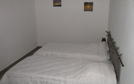 chambre chocolat 3 *2 lits double 190x90