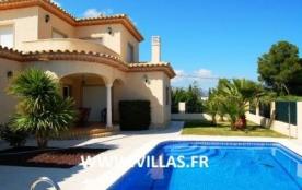 Villa VN Nava 2. Belle villa moderne et confortable dotée de 4 chambres à coucher.