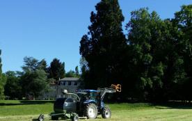 Le fenaison au Masbareau, exploitation d'élevage BIO du Masbareau à Royères