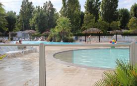 Mobil-home élégance village 4****- tout équipés, 3 piscines dont 1 chauffée spa
