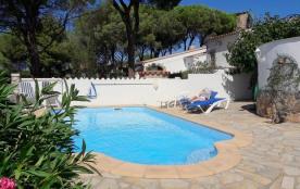 villa avec piscine privee sur la costa brava