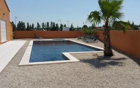 Villa à SENAS