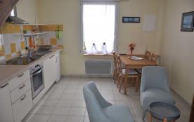 N°701 - Appartement état neuf à 200m plages, au