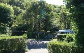 Camping Qualité la RIVIERE, 36 emplacements, 11 locatifs