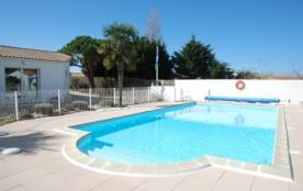 Maison dans résidence avec piscine chauffée