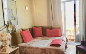 location appartement MONACO Beausoleil Plein centre ( 4/5 pers )  10 minutes à pied du centre de Monaco TV WIFI