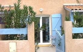 Pavillon 2 pièces cabine de 34 m² environ pour 6 personnes, agréable résidence pavillonnaire situ...