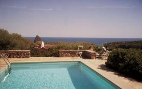 Sardaigne, Très belle villa pour 6 pers. piscine privée, splendide vue mer, à 1km de la plage de ...