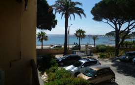 Cavalaire (83) - Promenade de la Mer - Les Agaves. Studio cabine - 21 m² environ - jusqu'à 4 pers...