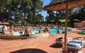 Camping La Simioune en Provence, 70 emplacements, 10 locatifs