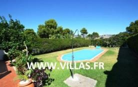 Villa GX Copo - Villa indépendante (mitoyenne par le garage) et confortable, profitant d'une pisc...