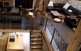 Authentique grange aménagée en style loft