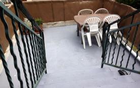 Terrasse, donne sur rue Papin