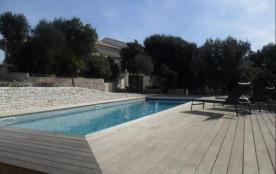 Location villa Bonifacio Corse du Sud pour 4 personnes avec piscine chauffée