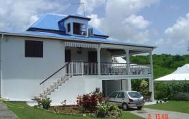 Villa calme et aérée à Sainte-Anne en Guadeloupe