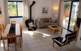 Studio pour 4 personnes à Argaka