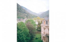 villa des Grimaldi enface la residence et le jardin de la residence