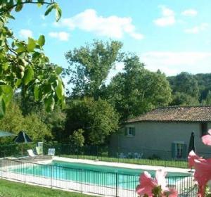 location vacances gite Salles-Lavalette