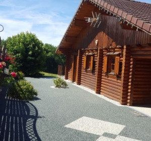 location vacances chalet le latet