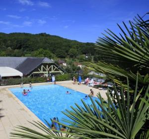 location vacances chalet lissac-sur-couze