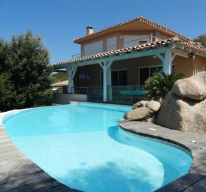 location vacances villa sartene